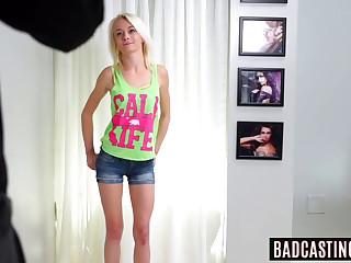 Blonde newbie Maddy Rose