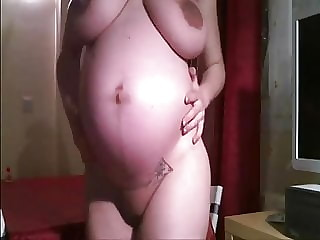 preggo beauty fisting her sloppy pussy