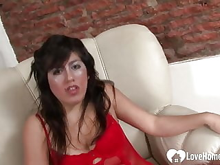 Busty babe loves to get fingered and toyed