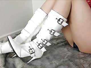 White PVC Boot Rubbing