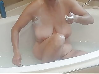 Pussy shaveing