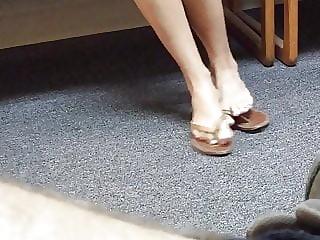 Pretty summer sandal feet teasing me in public