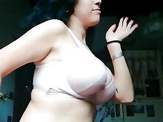 belly dancer nora